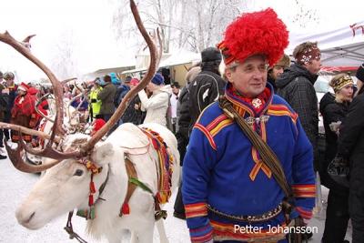 abenteuerreich Erlebnistouren, jokkmok, wintermarkt, sami, geführte wintertour