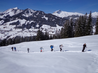 abenteuerreich Erlebnistouren, Schnee, Schneeschuh, Schneeschuhwanderung, Berge, Allgäu