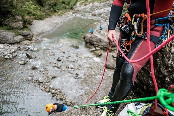Klettergurt Canyoning : Canyoning für einsteiger abenteuerreich.de