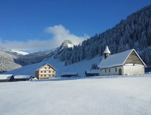 Hüttentrekking mit Schneeschuhen (3 Tage)